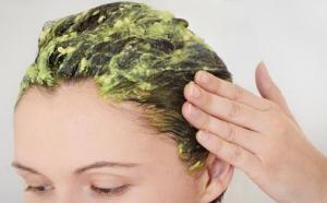 manfaat-daun-seledri-untuk-kesehatan-rambut
